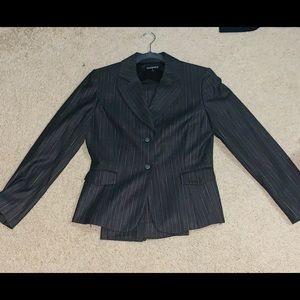 Tahari 2 Piece Sz 8 Pants Suit